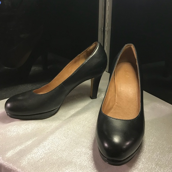11c9775a1f1 Clarks Shoes - CLARKS Artisan Black Leather 3 inch Heel Pumps